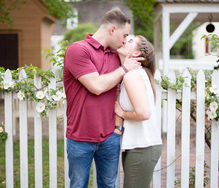 Hannah & Evan | Colonial Williamsburg Engagement Session | Williamsburg Wedding Photographer